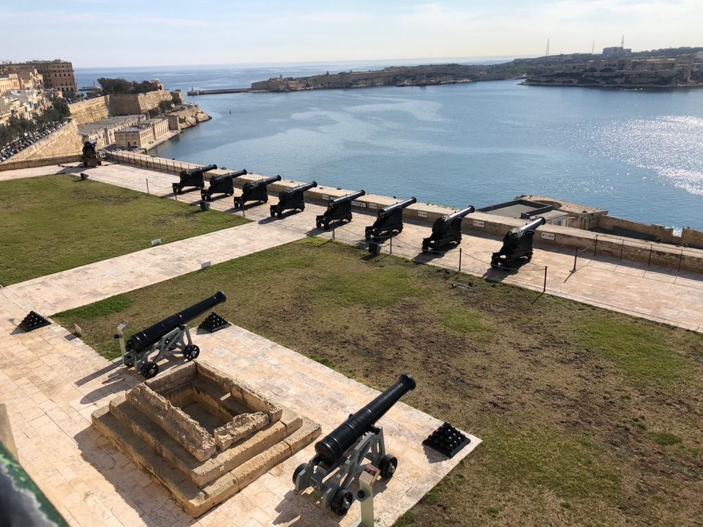 saluting battery a la valletta malta