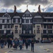 magazzini liberty a Londra, la facciata Tudor