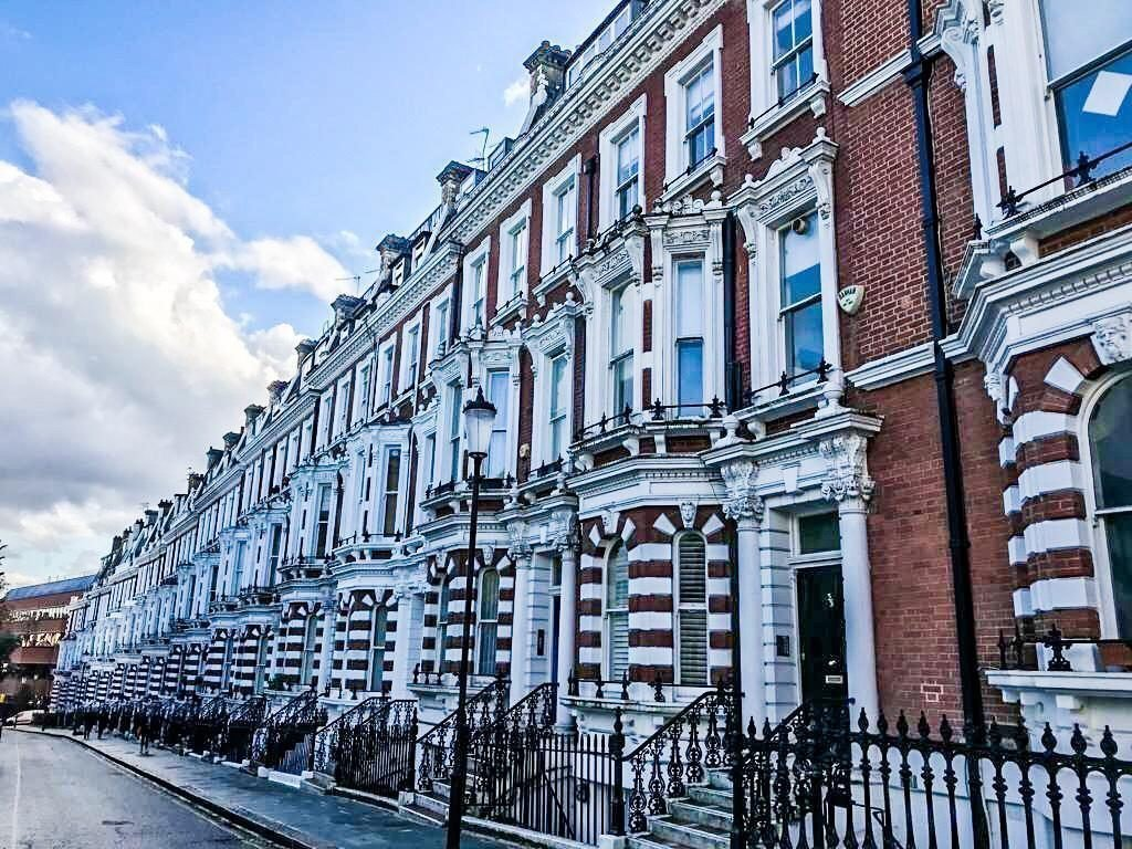 residenze vittoriane di Hornton street londra