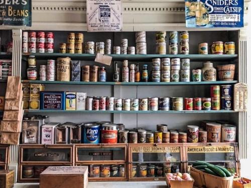 Un general store a Virginia City