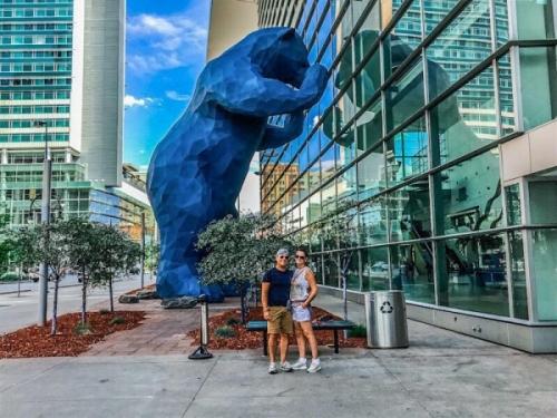 Il Big Blue Bear a Denver